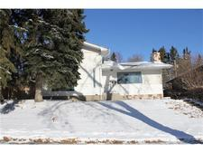 Charleswood House for sale:  4 bedroom 973 sq.ft. (Listed 2017-11-15)