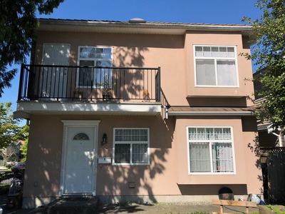 Collingwood VE Duplex for sale:  5 bedroom 1,172 sq.ft. (Listed 2018-05-31)