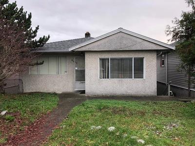 Renfrew VE House for sale:  4 bedroom 1,650 sq.ft. (Listed 2018-11-28)