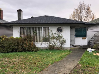 Renfrew VE House for sale:  3 bedroom 1,900 sq.ft. (Listed 2018-11-30)
