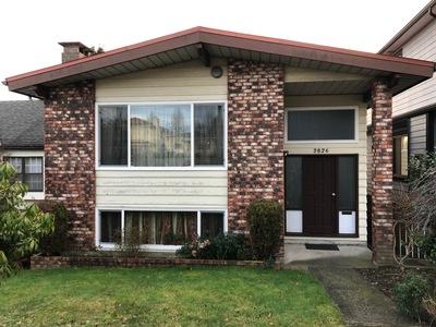 Renfrew VE House for sale:  5 bedroom 2,200 sq.ft. (Listed 2019-01-18)
