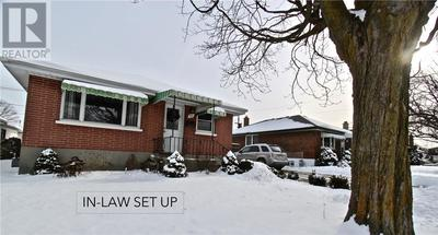 Peterborough House for sale:  5 bedroom  (Listed 2019-01-31)