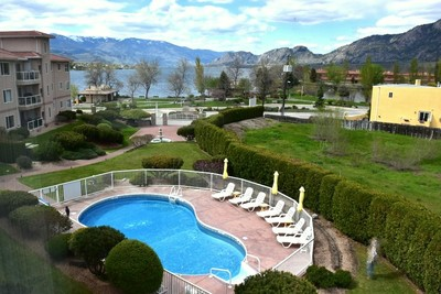 EAST OSOYOOS Apartment for sale: THE PALMS BY THE LAKE 2 bedroom 1,204 sq.ft. (Listed 2017-04-30)