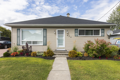 Rockland House for sale:  4 bedroom  (Listed 2019-08-31)