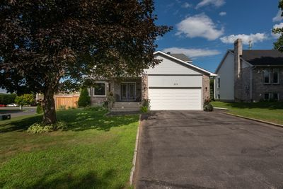 Rockland House for sale:  4 bedroom  (Listed 2020-07-30)