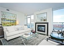 Chinatown Condo for sale:  2 bedroom 1,327 sq.ft. (Listed 2017-10-10)