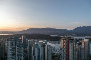 Coal Harbour Condo for sale:  3 bedroom 1,603 sq.ft. (Listed 2019-11-04)