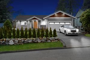 4 Bedroom 4 Bathroom Dream Home in Lynn Valley