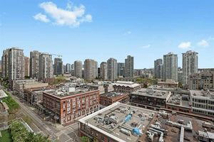Yaletown Condo for sale:  1 bedroom 636 sq.ft. (Listed 2020-05-18)