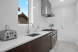 Forest Hills NV House for sale:  5 bedroom 5,220 sq.ft. (Listed 2020-05-18)