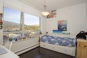 Central Lonsdale Apartment/Condo for sale:  3 bedroom 1,073 sq.ft. (Listed 2020-12-15)