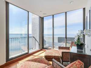 Ambleside Condo for sale:  2 bedroom 2,257 sq.ft. (Listed 2017-11-14)