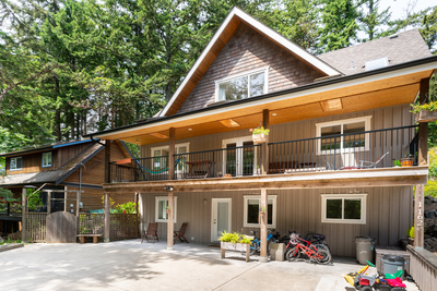 Bowen Island House for sale:  5 bedroom 2,459 sq.ft. (Listed 2018-05-30)