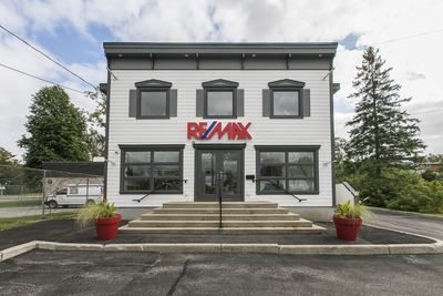 CHAPEL HILL Office for sale:  Studio  (Listed 2018-09-24)