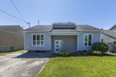 Rockland House for sale:  3 bedroom  (Listed 2019-06-19)