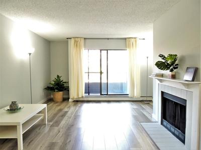 Brighouse Condo for sale: Lansdowne Grove 1 bedroom 747 sq.ft. (Listed 2019-05-29)