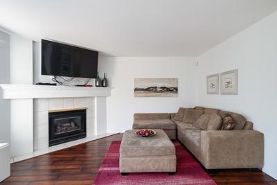 Hamilton House/Single for sale:  4 bedroom  Stainless Steel Appliances, Granite Countertop, Laminate Floors, Plush Carpet 2,146 sq.ft. (Listed 2020-03-17)