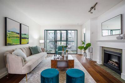 Kitsilano Apartment/Condo for sale:  2 bedroom 1,367 sq.ft. (Listed 2020-12-01)