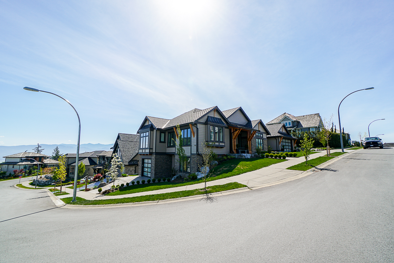 Abbotsford East House for sale: Eagle Mountain 4 bedroom  Stainless Steel Appliances, Hardwood Floors 2,922 sq.ft. (Listed 2019-05-09)