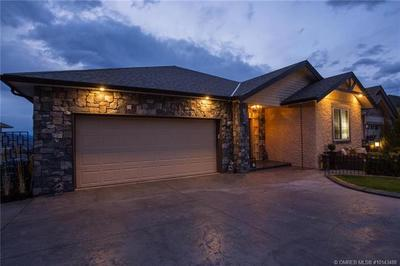 Southridge House for sale:  4 bedroom 3,326 sq.ft. (Listed 2017-10-20)