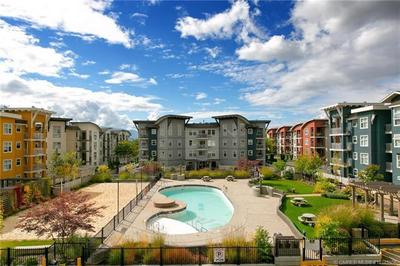Glenmore Condo for sale:  2 bedroom 888 sq.ft. (Listed 2018-01-18)