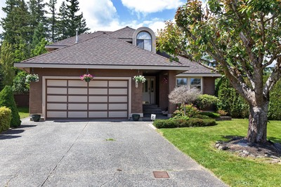 Prestigious Fraser Heights Home!