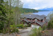 Custom Waterfront Home in The Shores, Sechelt For Sale