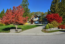 Custom Built 4 bedroom/4 bathroom Home in Gibsons For Sale