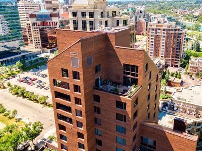 Eau Claire Apartment for sale:  2 bedroom 4,257.64 sq.ft. (Listed 2020-09-17)