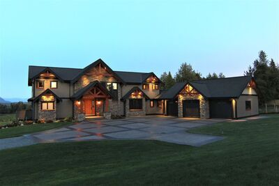 Bradner House with Acreage for sale:  6 bedroom 7,038 sq.ft. (Listed 2020-09-10)