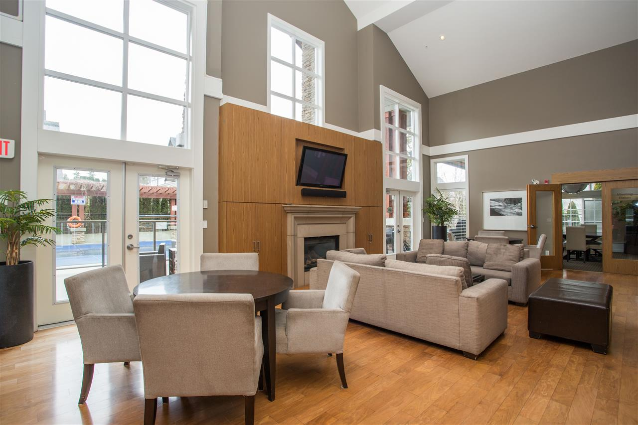 Grandview Surrey Townhouse for sale:  3 bedroom 1,254 sq.ft. (Listed 2020-02-29)