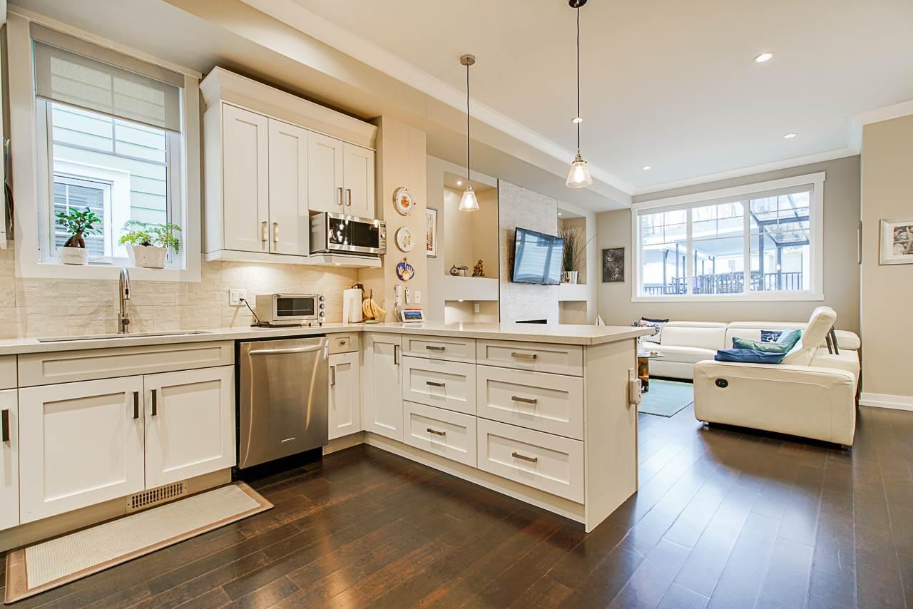 Grandview Surrey Duplex for sale:  4 bedroom 2,552 sq.ft. (Listed 2020-03-15)