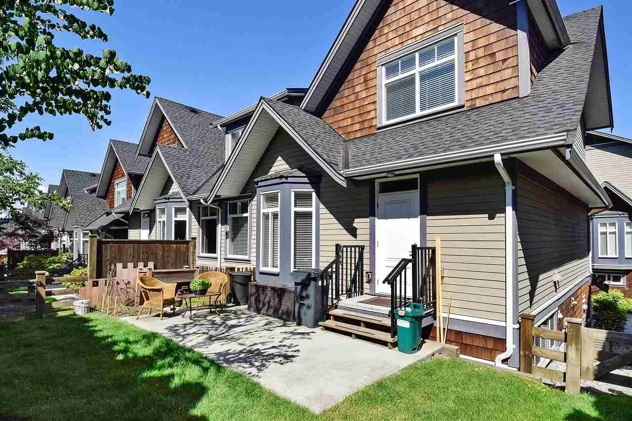 Grandview Surrey Townhouse for sale:  5 bedroom 2,400 sq.ft. (Listed 2020-08-11)