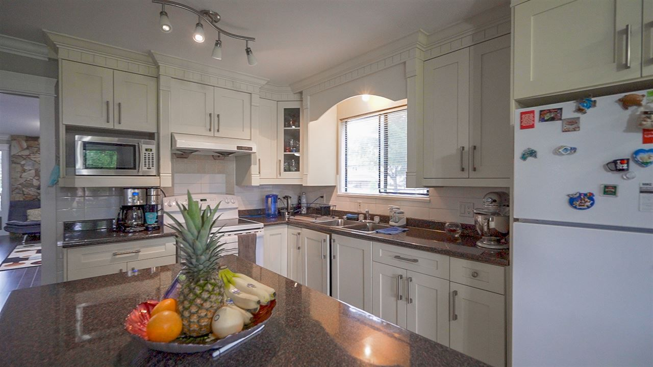 Fleetwood Tynehead House/Single Family for sale:  3 bedroom 1,894 sq.ft. (Listed 2020-09-24)