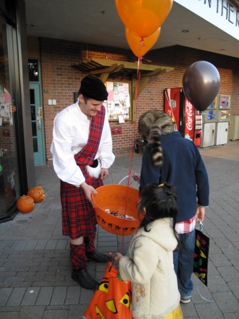 Halloween 2009 IMG_4382 [640x480].JPG
