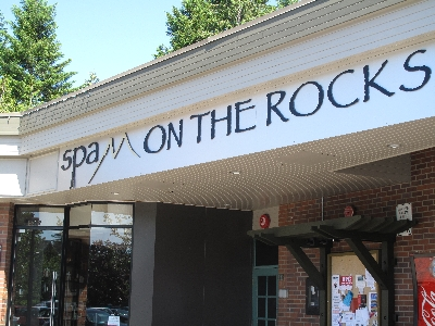 400-Spa On The Rocks