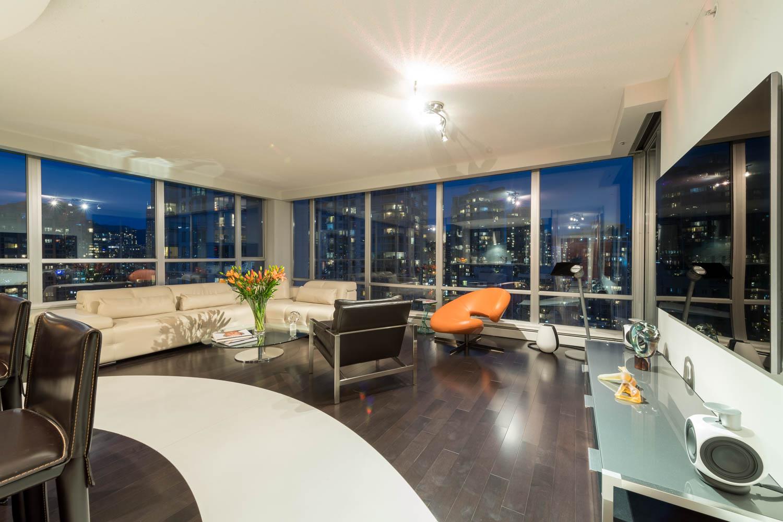 Impressive private, corner, luxury home at exclusive Crestmark II.