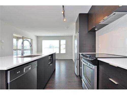 Pemberton Heights Condo for sale:  2 bedroom 1,042 sq.ft.