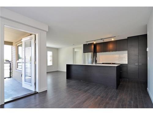 Pemberton NV Condo for sale:  2 bedroom 853 sq.ft.