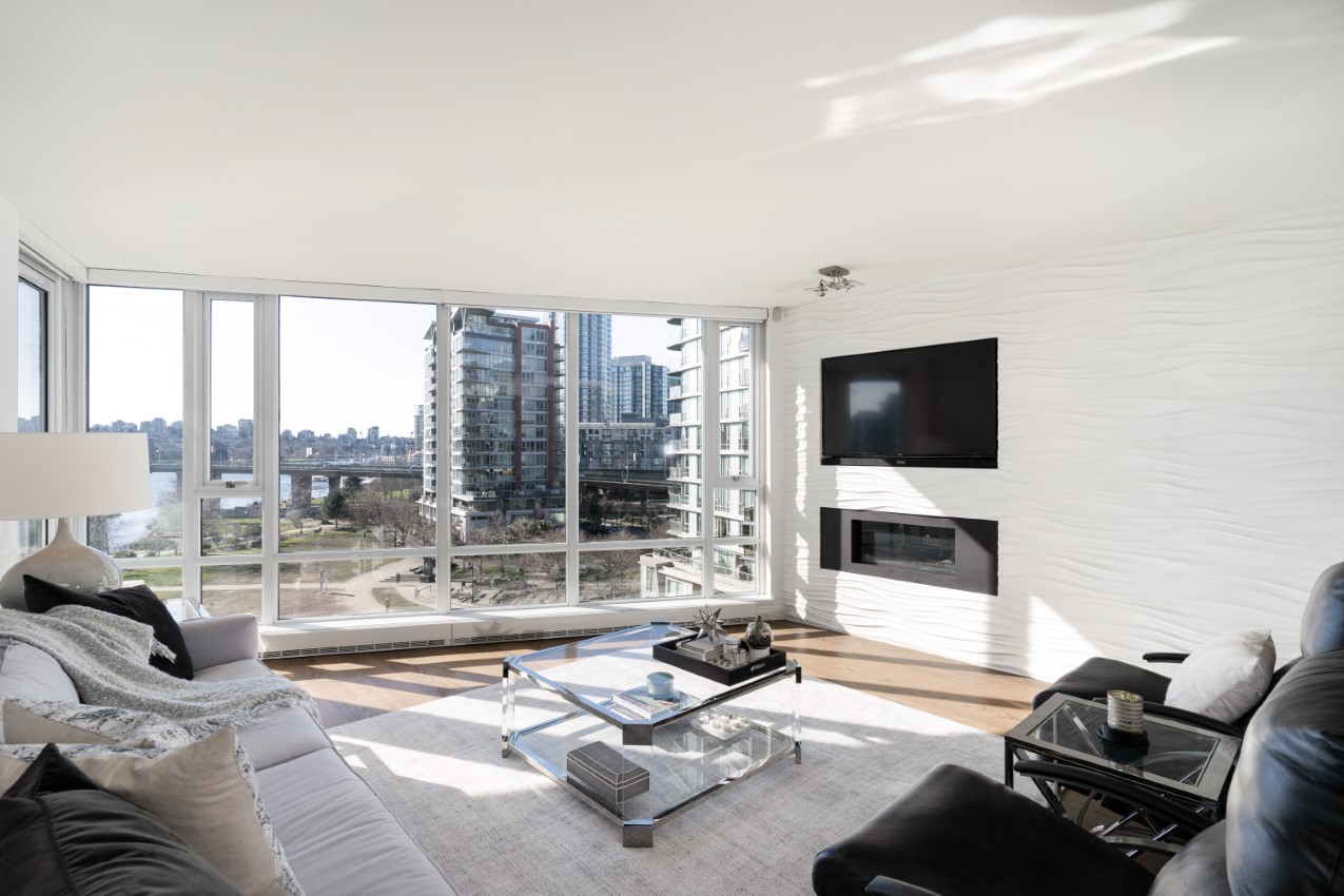 Yaletown Condo for sale: Flagship 2 bedroom, 2 bath 1,295 sq.ft.