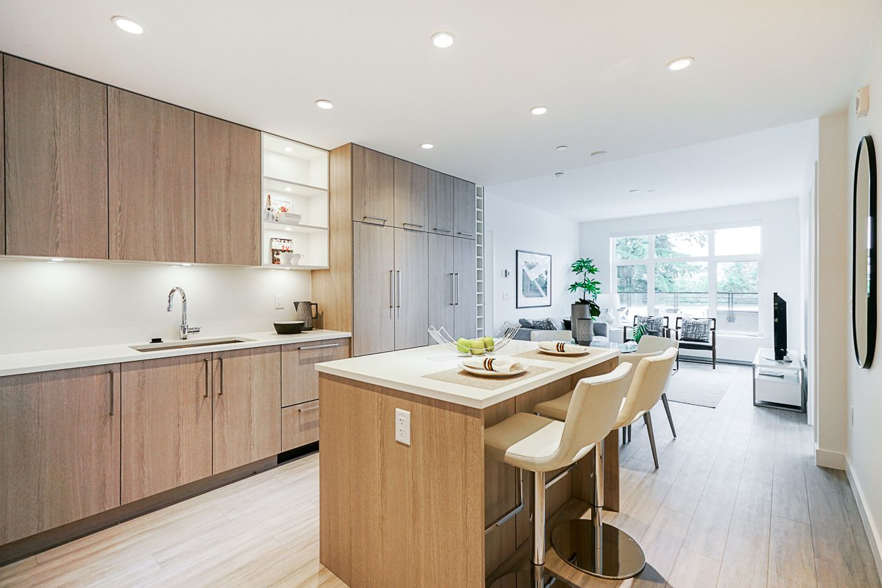 Moodyville / Lower Lonsdale Condo for sale: GREEN 2 bedroom 978 sq.ft. (Listed 2020-07-15)