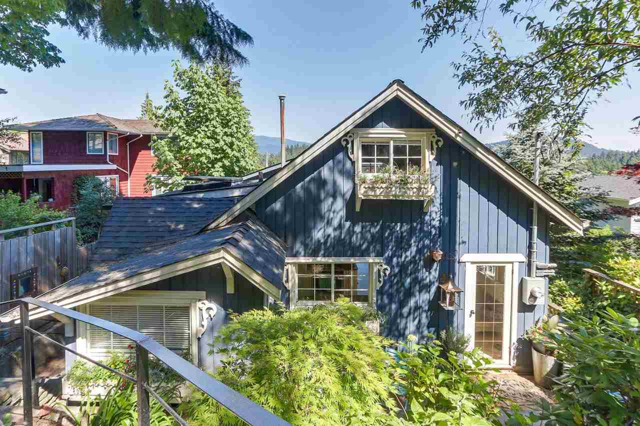 Deep Cove House for sale:  3 bedroom 2,230 sq.ft. (Listed 2018-06-20)
