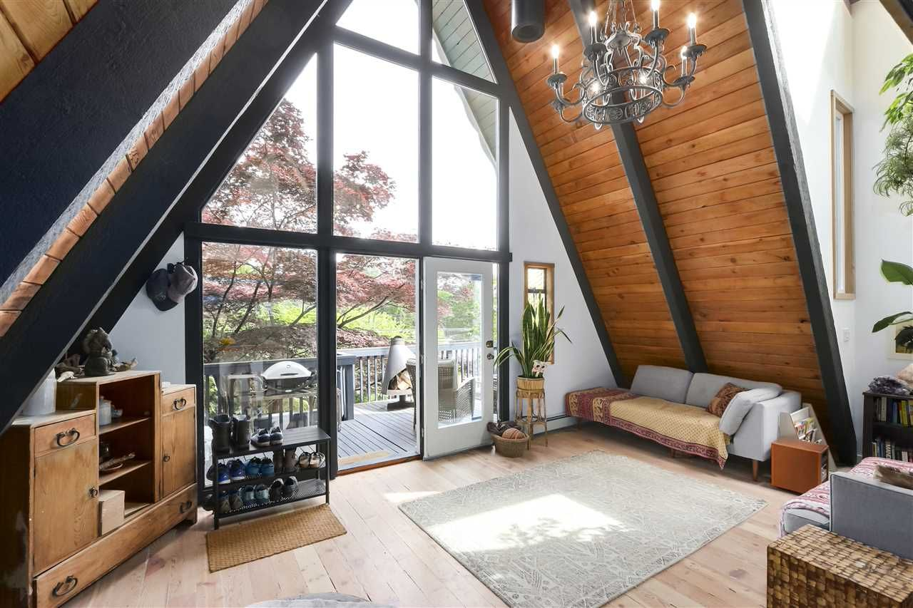 Deep Cove House for sale:  3 bedroom 1,391 sq.ft. (Listed 2020-05-20)