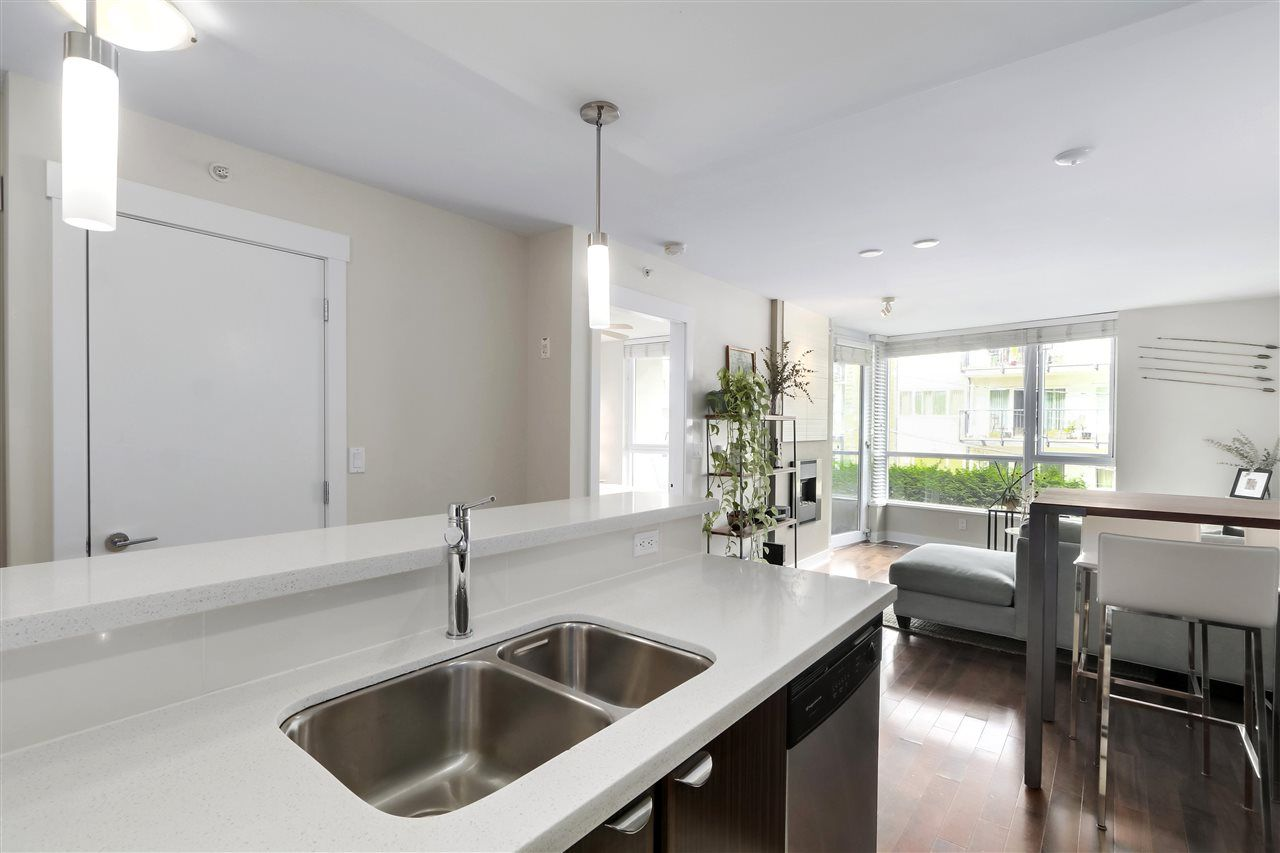 Lower Lonsdale Apartment/Condo for sale:  1 bedroom 656 sq.ft. (Listed 2020-08-19)