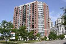 Toronto Apartment for sale: The Marquis 2 plus den 1,006 sq.ft. (Listed 2012-01-27)