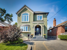 Olde East York Village 2 storey stacked townhouse for sale:  4 bedroom  (Listed 2015-09-09)