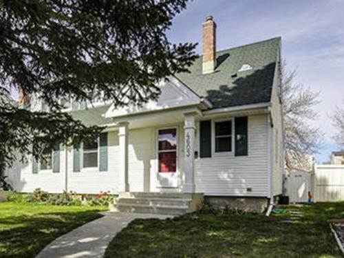 Garrison Woods Duplex for sale:  3 bedroom 1,058.64 sq.ft. (Listed 2014-05-22)