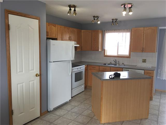 Strathaven House for sale:  2 bedroom 1,015 sq.ft. (Listed 2017-11-15)