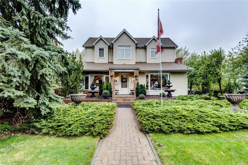 Tuxedo Park House for sale:  6 bedroom 2,561 sq.ft. (Listed 2018-05-20)