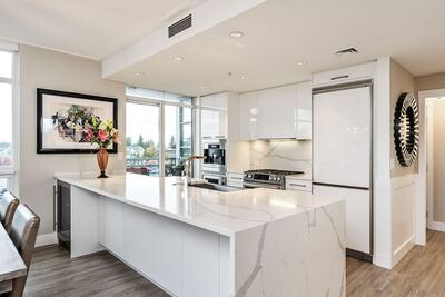 White Rock Apartment/Condo for sale:  2 bedroom 1,144 sq.ft. (Listed 2021-01-06)